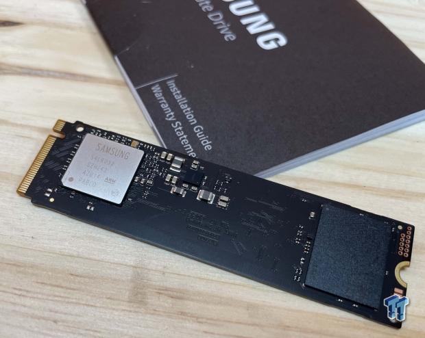 Samsung 980500GB NVMe SSD Revisión 09 |  TweakTown.com
