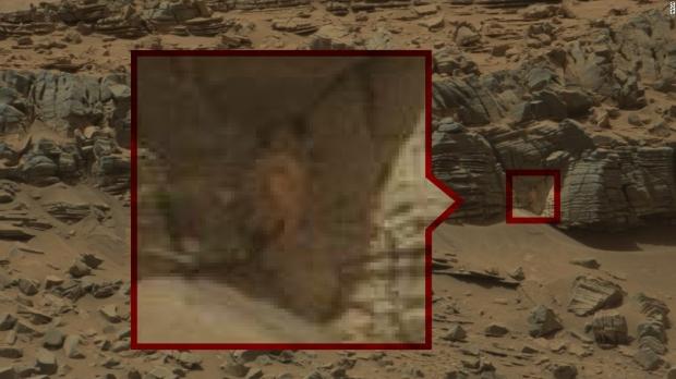 Imágenes extrañas de Marte que muestran signos de vida, ¿o nos llega Internet?  07 |  TweakTown.com